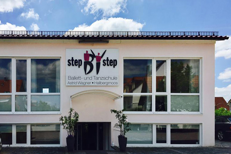 Let's dance – in Hallbergmoos Highlights der Ballettschule Step by Step